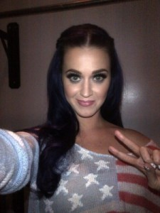 Katy Perry's selfie: perhaps a cautionary tale? (Source: Shefinds.com)